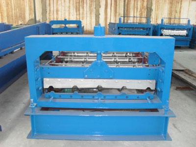 鸿运_900型压瓦机