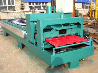 鸿运国际官方_加宽828型琉璃瓦机