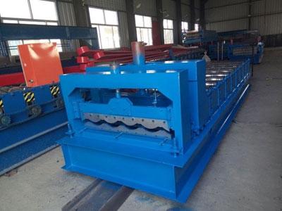鸿运国际官方_828型琉璃瓦机
